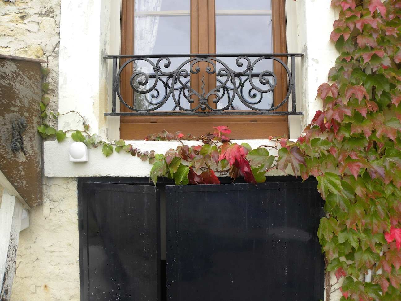 <b>Appui de fenêtres</b> réalisée à partir de notre Modèle AF011. Localisation: <b>Région Parisienne</b>.