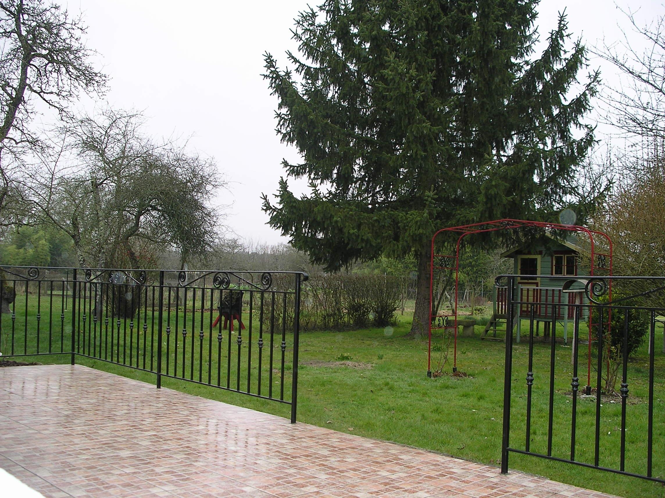 Terrasse Bois Et Fer inspirez-vous de la rampe ou du garde-corps en fer forgé d