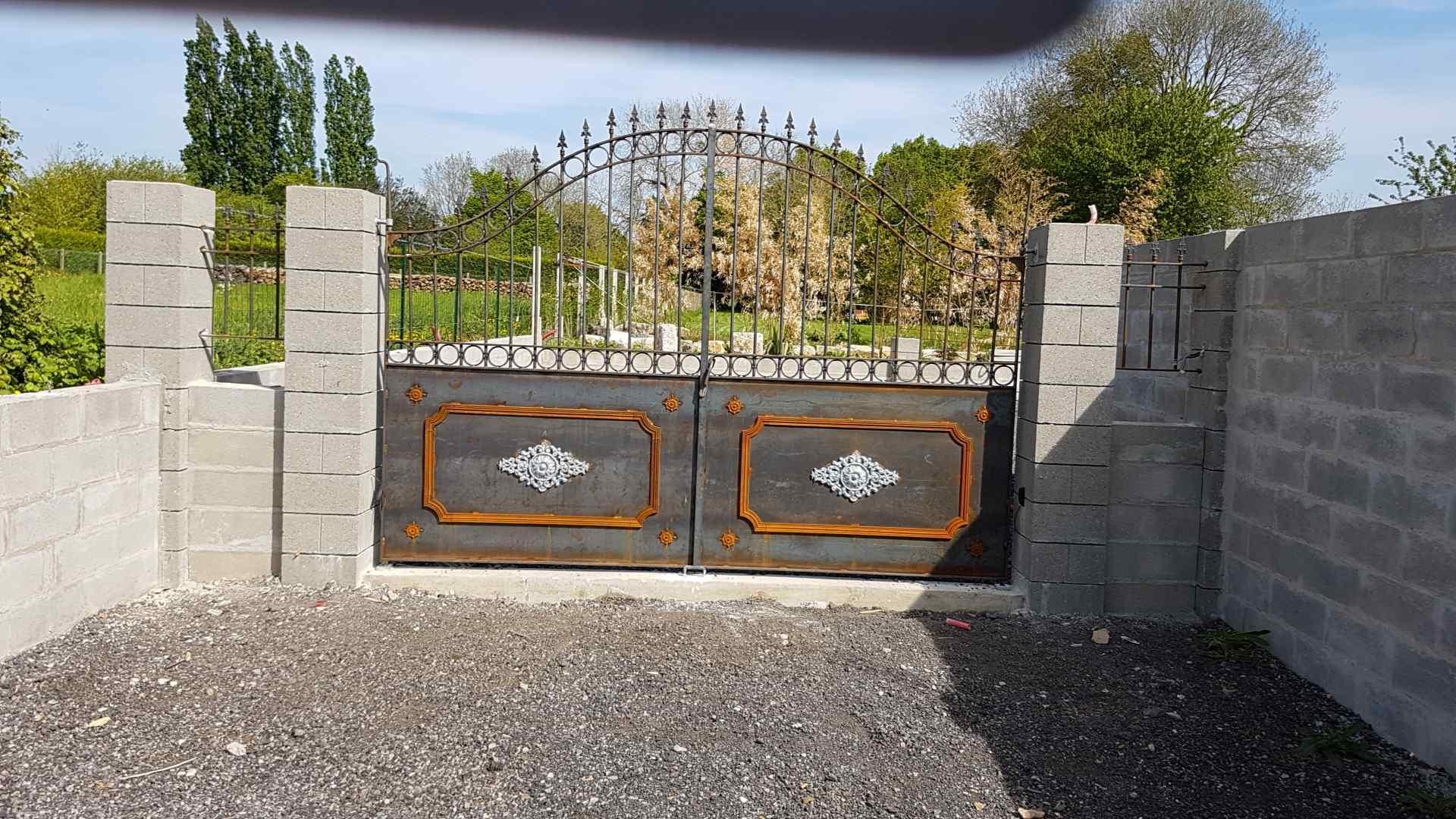 Inspirez vous du portail en fer forg d 39 un client - Portail d angle ...