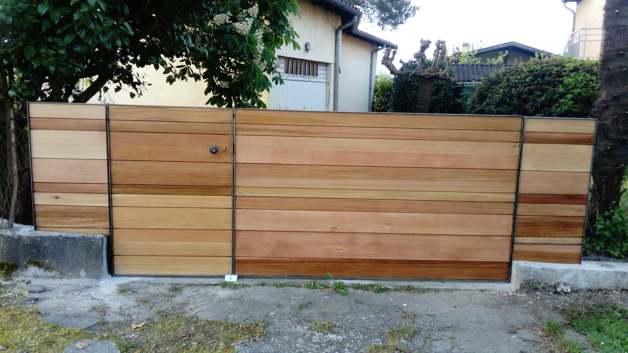 Décoration par notre client d'un portail avec décors de notre gamme de pièces détachées. localisation Haute Garonne