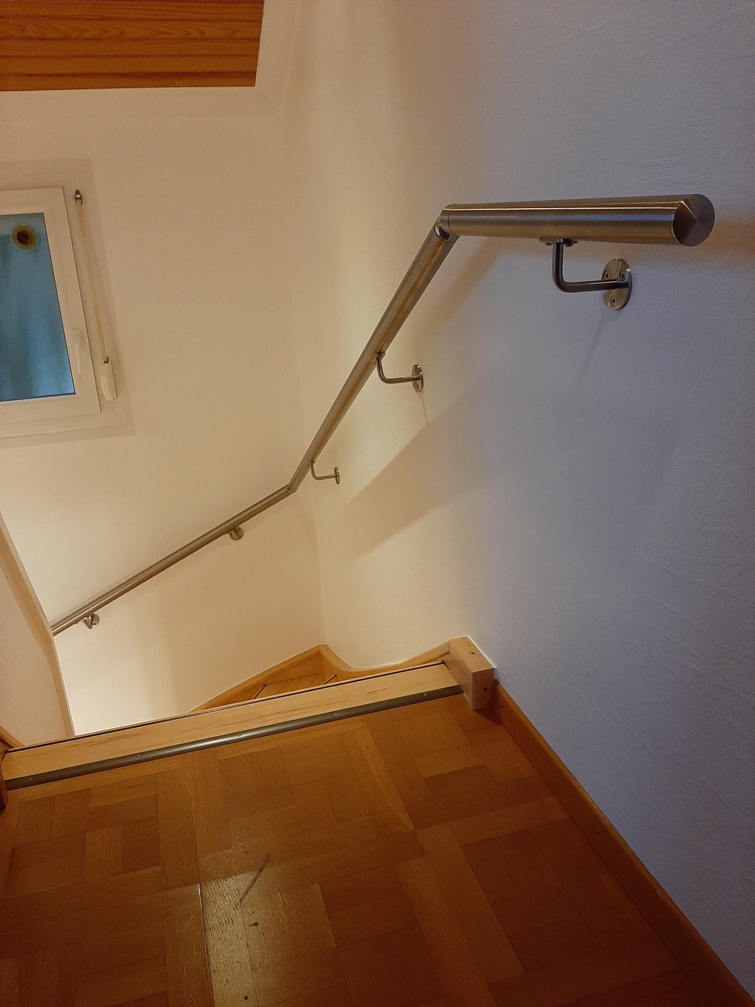 Conception et fabrication complete par notre client d'une rampe de protection escalier en Inox  -  Réalisation a  partir de notre gamme en Inox . Localisation Meurthe et Moselle