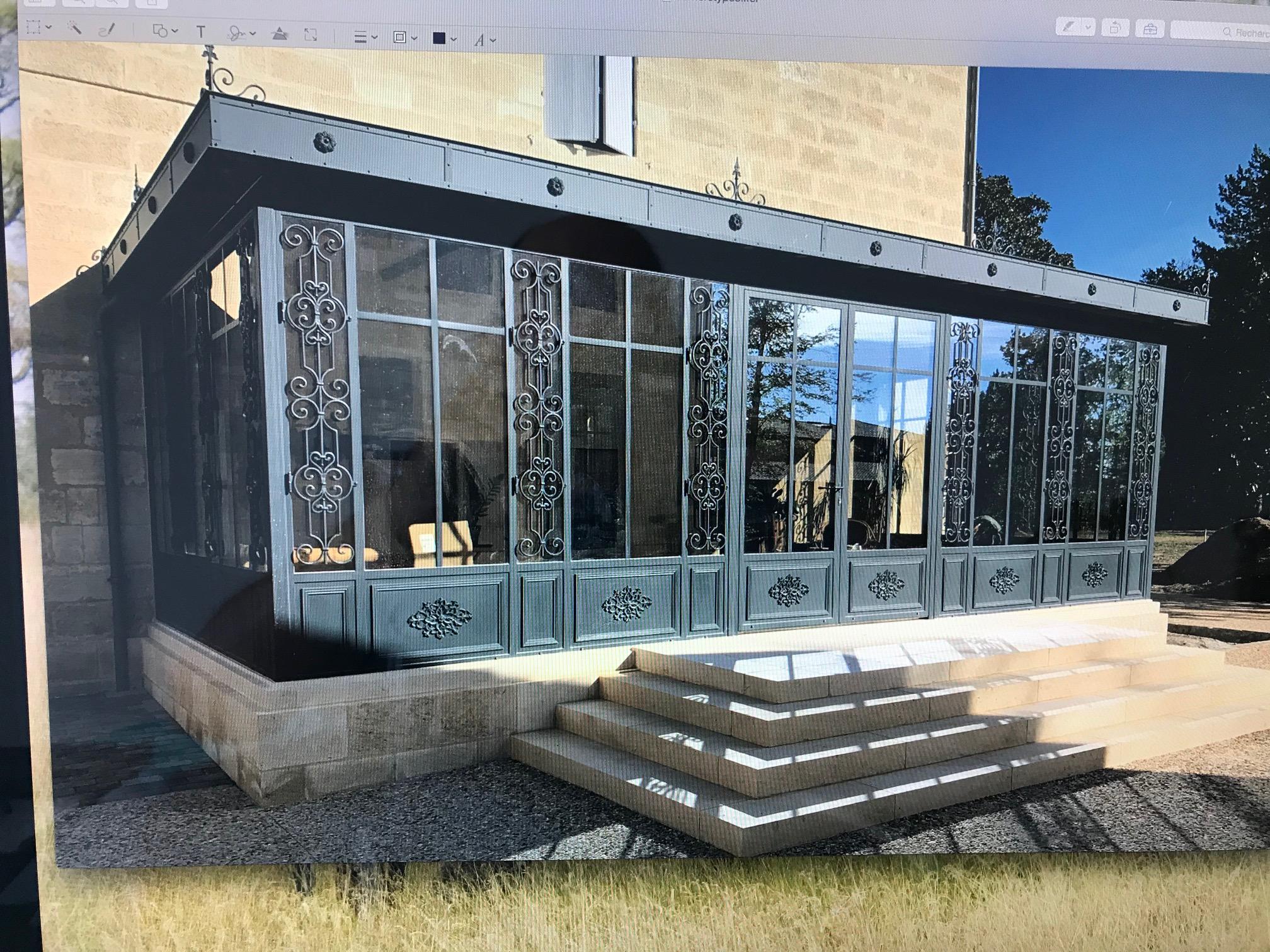 Décoration complète d'une verrière à l'ancienne à partir de notre gamme de décors . localisation Gironde