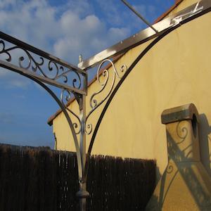 Photographie d'une Pergola en fer forgé