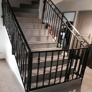 Rampe escalier exterieur fer tags france escalier for Rampe d escalier exterieur en fer forge
