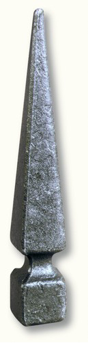 Pointe de lance carré de 25 en fer forgé